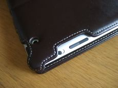 LeatherSmartShelliPad2_18.jpg