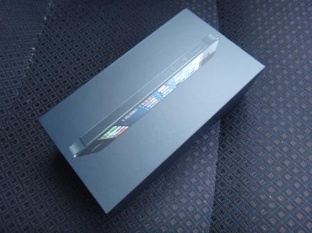 iphone5unbox_01.JPG